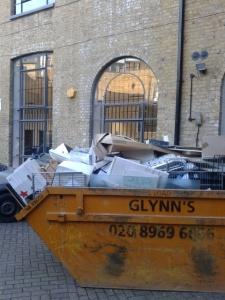 picture of a rubbish skip